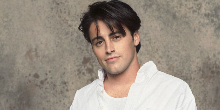 """Is the """"FRIENDS"""" star, Matt LeBlanc Married? Details about his Girlfriends and wives."""