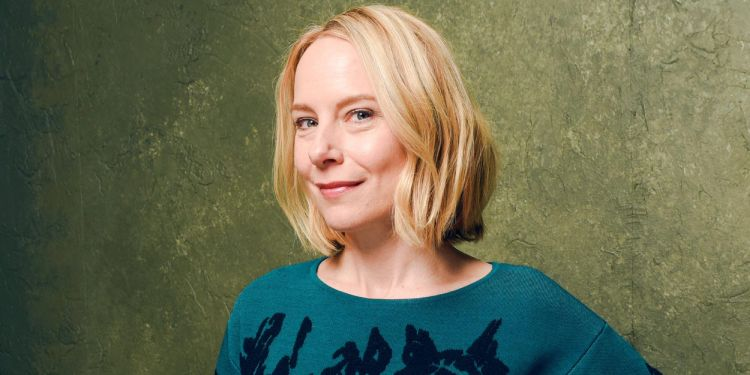 Details About Amy Ryan's Married Life