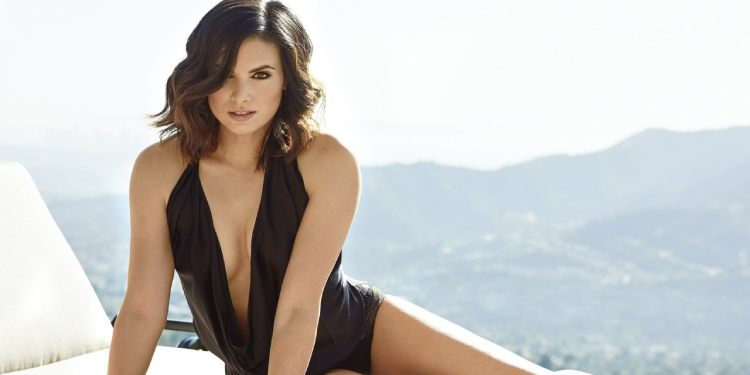 Who is Katrina Law Married To?